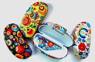 Folk sunglasses case